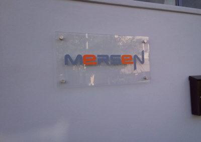 Plexiglass Διάφανο με αποστάτες