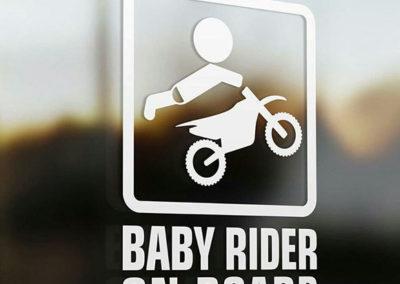 Αυτοκόλλητο Μωρό στο αμάξι