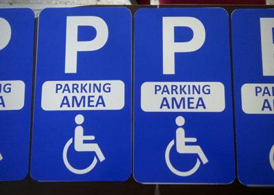 Πινακίδες ΑΜΕΑ parking